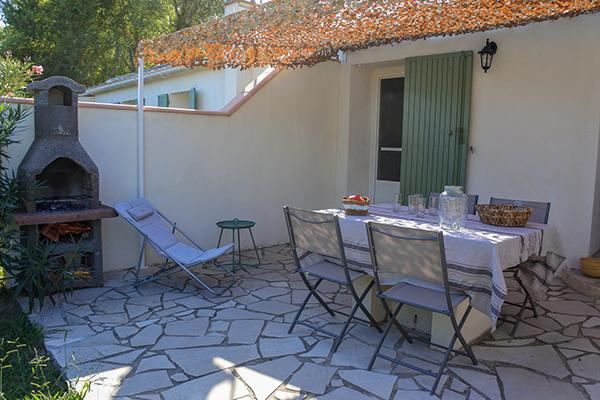 location de mas en Camargue-location de gite en Camargue-hebergement en Camargue-location de vacances en Camargue-mas avec piscine Arles